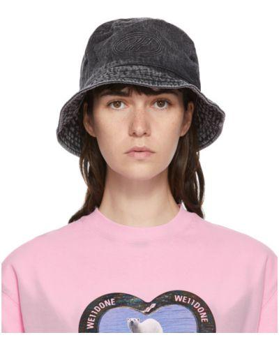 Черная шапка стрейч с вышивкой с тиснением We11done