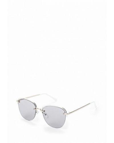 Белые солнцезащитные очки Fabretti