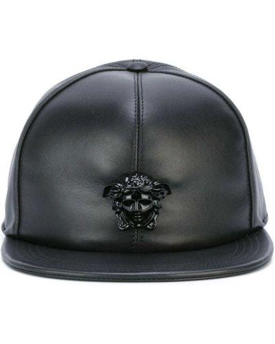 Кожаная бейсбольная черная кепка без застежки Versace