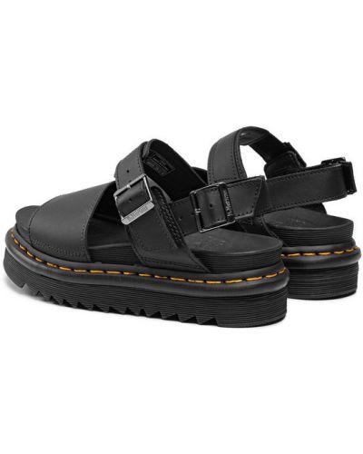 Czarne sandały Dr. Martens