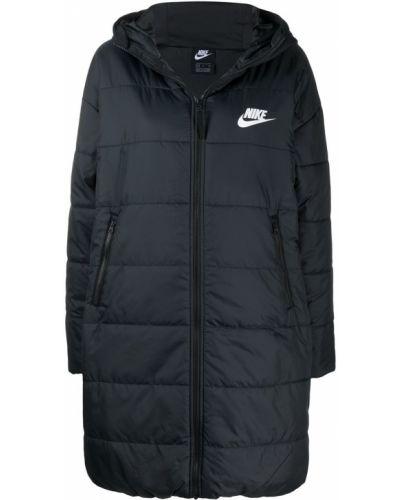Черная парка с капюшоном на молнии Nike