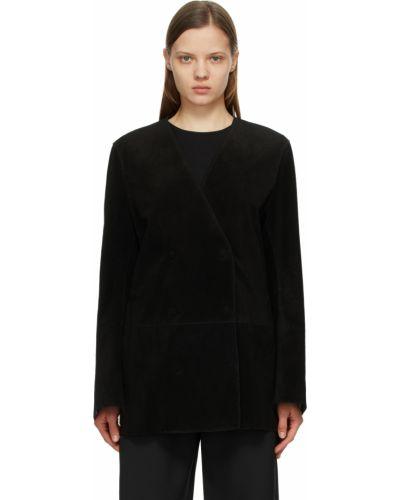 Черная куртка атласная Toteme