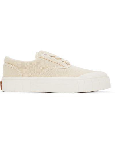 Белые кроссовки на шнуровке Good News