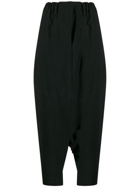 Черные драповые укороченные брюки с поясом с низкой посадкой 132 5. Issey Miyake