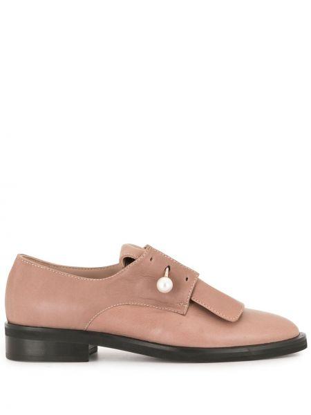 Brązowy skórzany buty brogsy niskie obcasy z perłami Coliac
