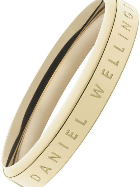 Золотистое кольцо золотое с декоративной отделкой Daniel Wellington