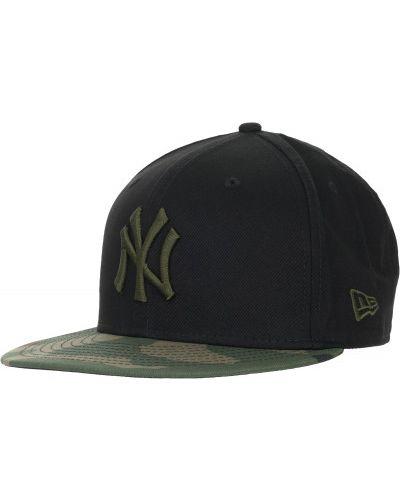 Черная бейсболка с логотипом New Era