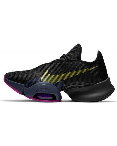 Кожаные черные кроссовки для фитнеса Nike