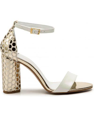Босоножки на каблуке - белые Maccioni