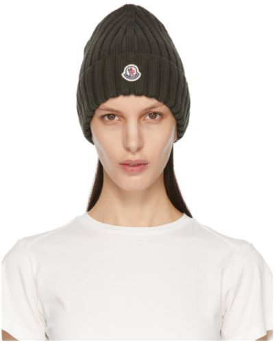 Шерстяная белая шапка бини с вышивкой Moncler