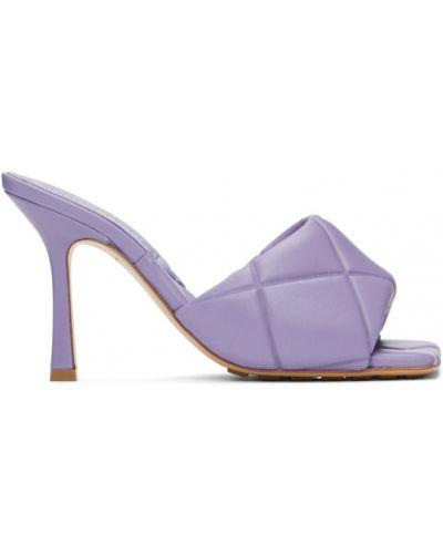 Открытые фиолетовые кожаные сандалии Bottega Veneta