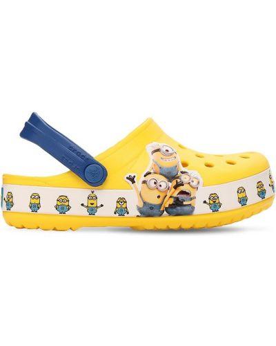 С ремешком сандалии Crocs