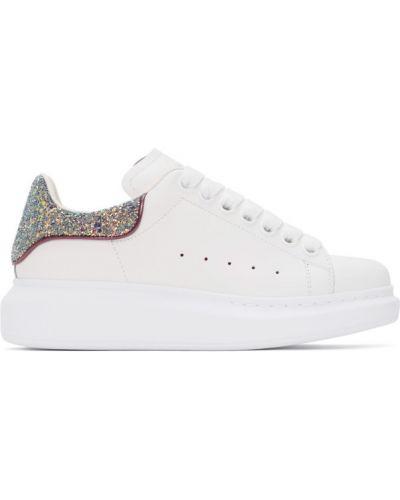 Белые кроссовки на платформе на каблуке Alexander Mcqueen