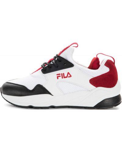 Белые кроссовки на шнуровке Fila