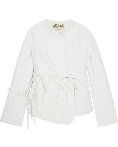С рукавами белый пиджак с подкладкой A.w.a.k.e.