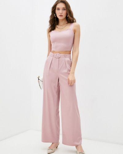 Розовый костюм Winzor