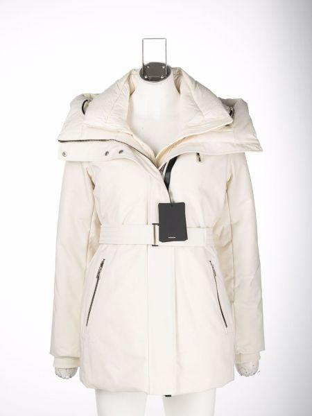Нейлоновая куртка Mackage