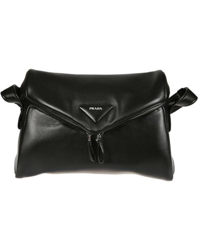 Czarna torebka Prada