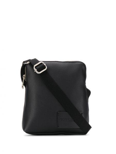 Серебряная сумка мессенджер Calvin Klein