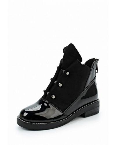 Кожаные ботинки на каблуке замшевые Vivian Royal