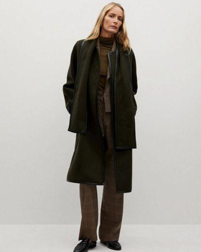 Зеленое пальто Mango