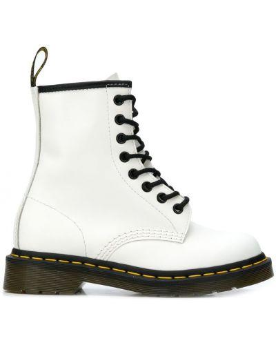 Ботинки на шнуровке кожаные белый Dr Martens