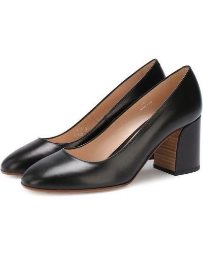 Кожаные туфли на каблуке для офиса Tods