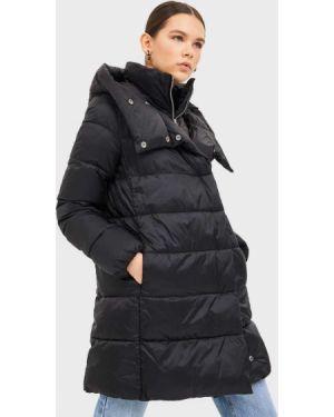 Стеганое пальто с воротником пальто Stradivarius