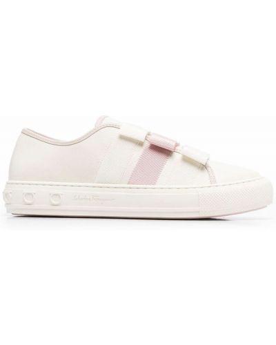 Białe sneakersy Salvatore Ferragamo