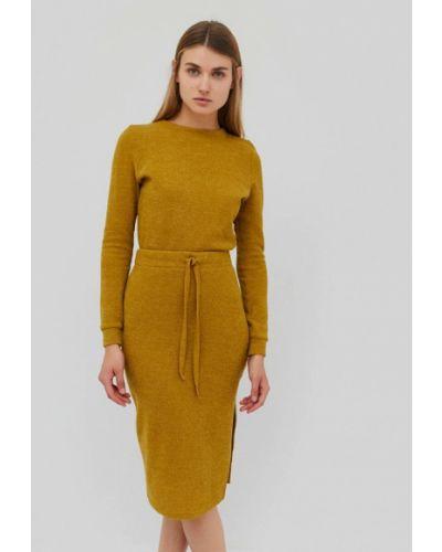 Желтое вязаное платье Cardo