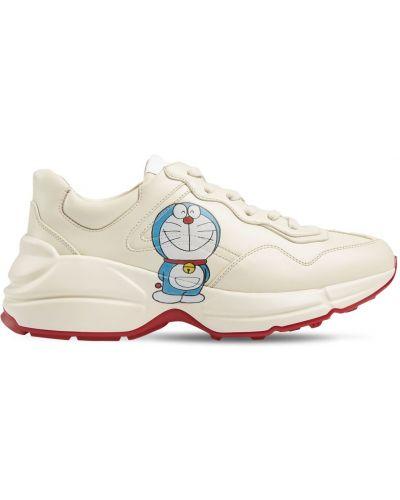 Białe sneakersy skorzane sznurowane Gucci