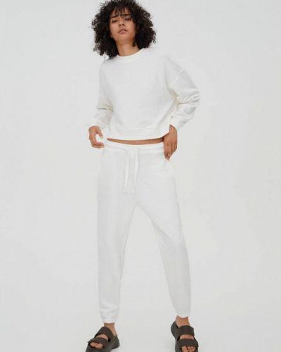 Костюмный белый спортивный костюм Pull&bear