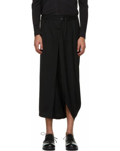 Czarne spodnie z paskiem asymetryczne 132 5. Issey Miyake