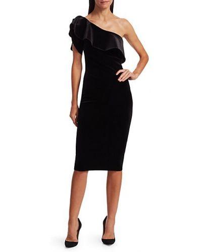 Бархатное черное платье с декольте Chiara Boni La Petite Robe