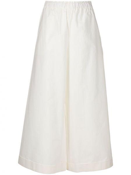 Хлопковые белые свободные брюки с поясом свободного кроя Daniela Gregis