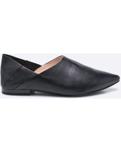 Черные брюки кожаные Caprice