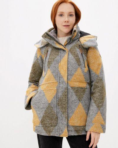 Серая теплая куртка Roxy