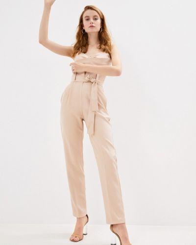 Костюмный бежевый брючный костюм Lipinskaya Brand