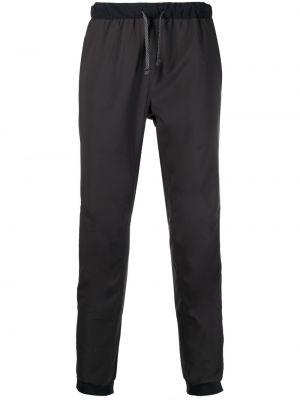 Prążkowane czarne spodnie materiałowe Patagonia