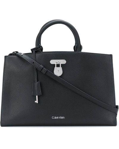 Черная сумка-тоут на молнии с карманами Calvin Klein