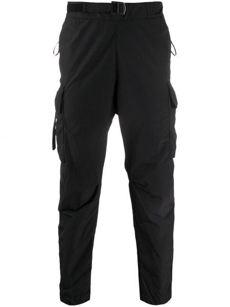 Черные прямые брюки с карманами с пряжкой новогодние Nemen