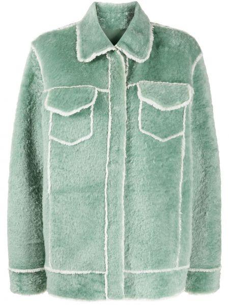 Классическая рубашка с воротником мятная с карманами с заплатками Liska