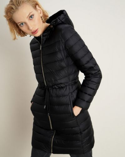 Черная куртка с капюшоном на молнии Ostin