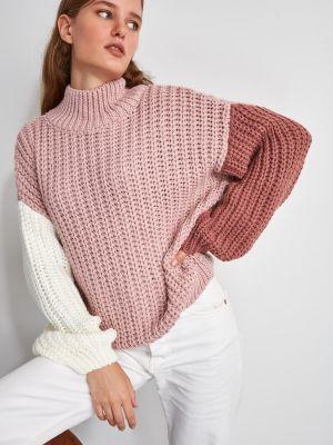 Różowy sweter z akrylu Trendyol