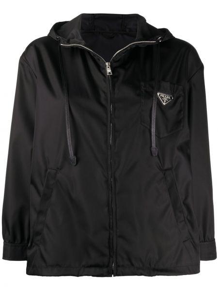 Черная куртка с капюшоном на молнии с манжетами металлическая Prada