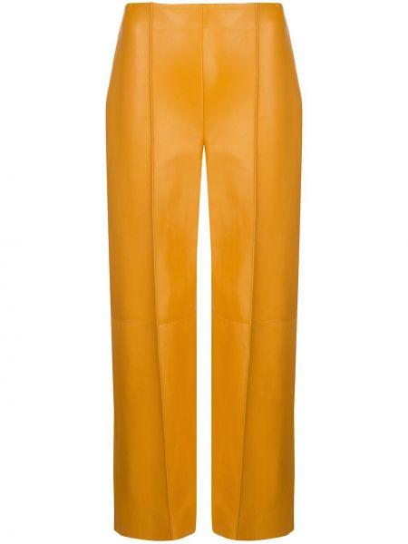 Кожаные желтые укороченные брюки с высокой посадкой Oscar De La Renta