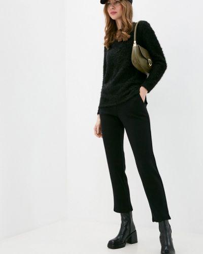 Костюмный вязаный черный костюм Krismarin