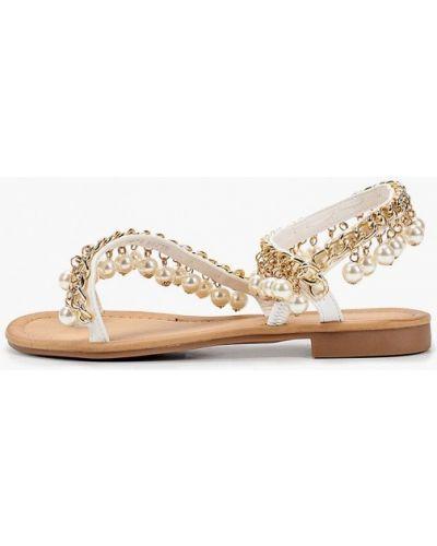 Белые сандалии Marquiiz