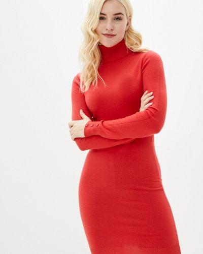 Трикотажное красное вязаное платье B.style