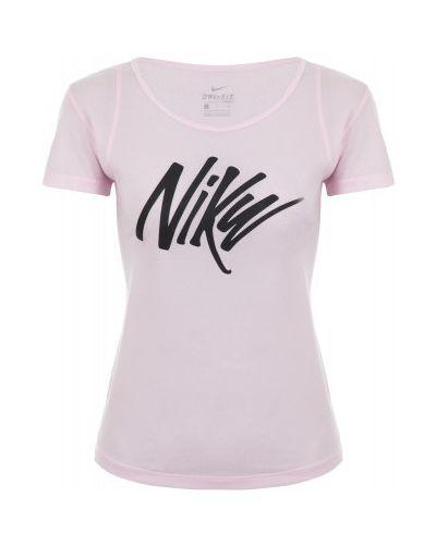 Спортивная футболка приталенная Nike